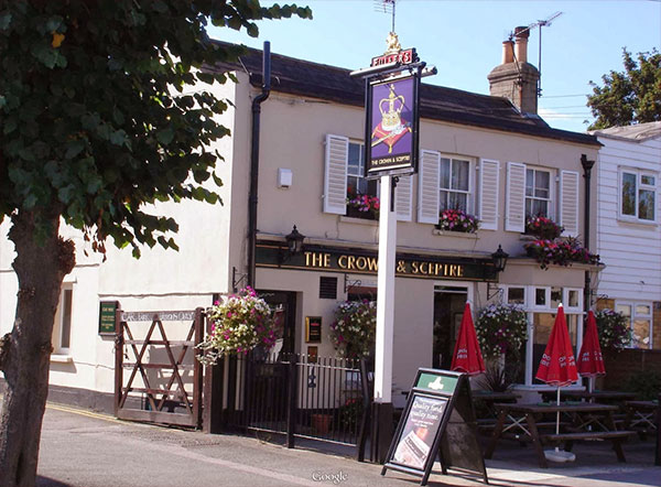 crown and sceptre pub
